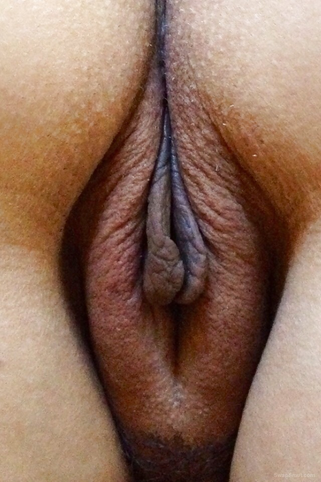 Milf Wifes Meaty Beefy Pussy Ready To Be Stuffed With A Large Cock