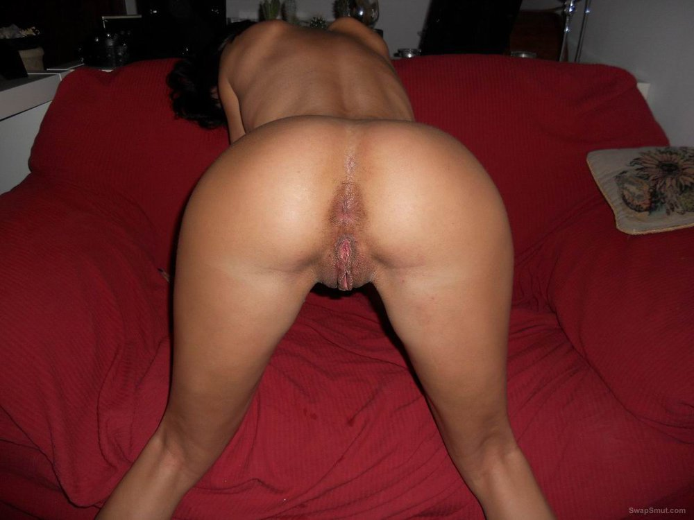 sexyhot taking it up the ass and showing anal gape
