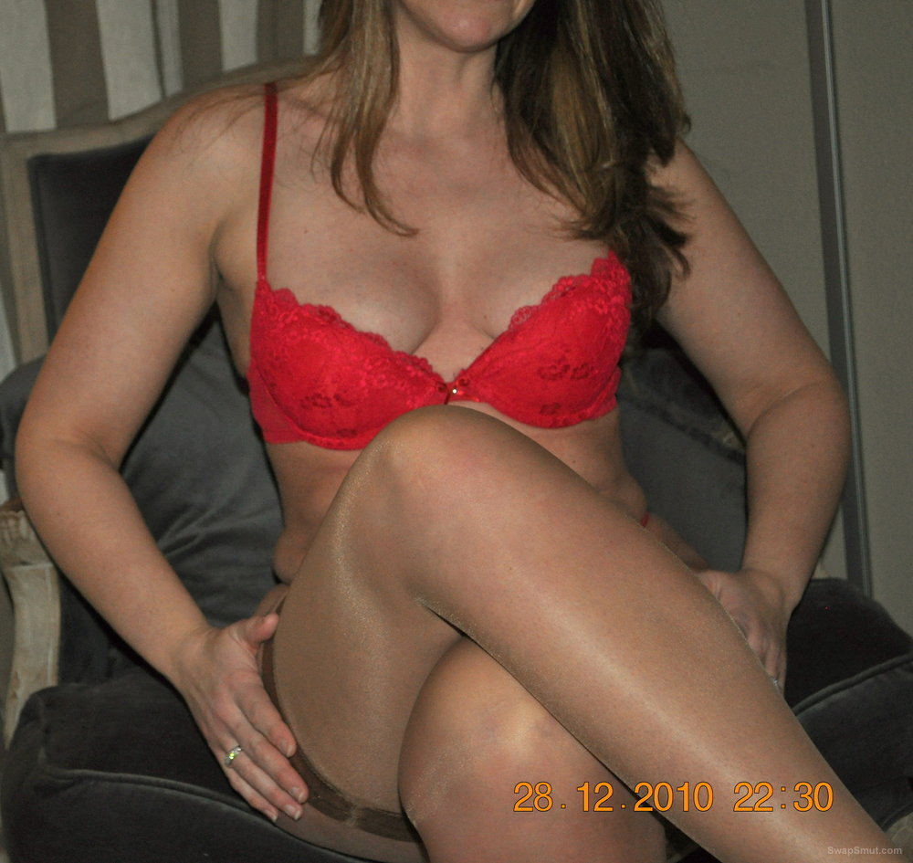 wife in red