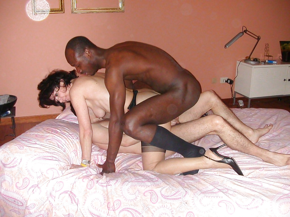 Mature interracial anal sex with internal cumshot