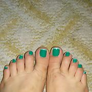 Awesome hot toes i love and enjoy most