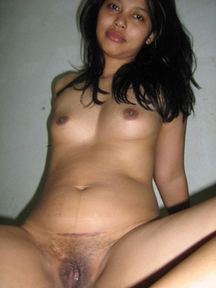 Horny Javanese Babe Desperatly Craving For Some Stiff Cock Action