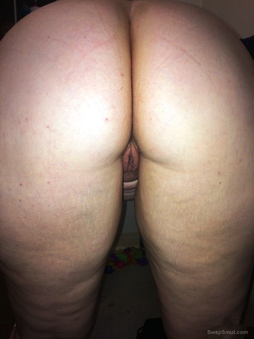 Thick wife loves to tease
