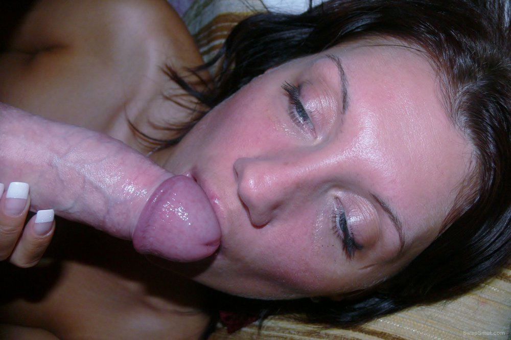 Well used wet cunt dripping from sex toy play