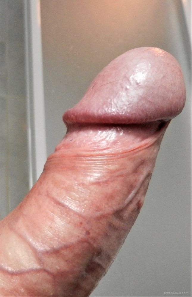 Amateur male hot and hard in the bathroom