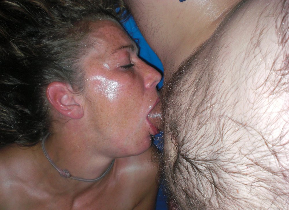 Amateur black deep throat