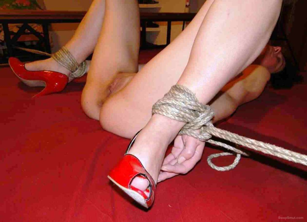 So what would you do with Anna tied up like this oh yes fuck her