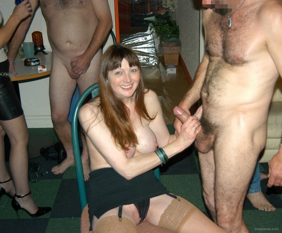 Leggy mature swinging wife BETH having some 3 some fun