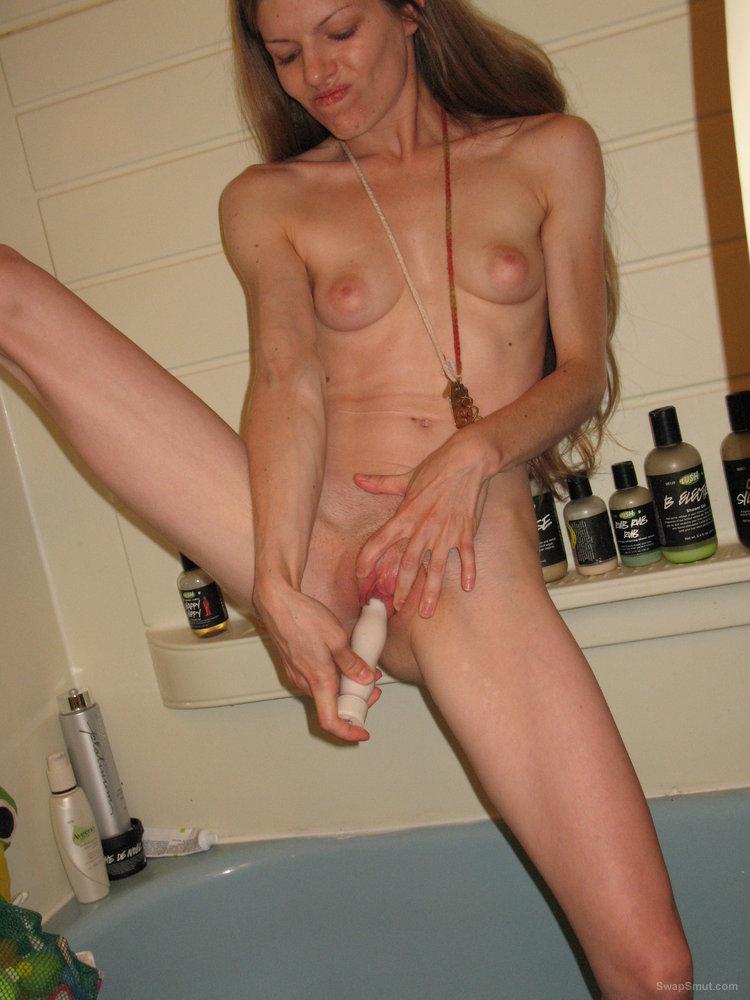 girlfriend masturbating