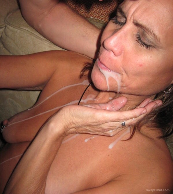 Milf with pierced nipples takes my cum