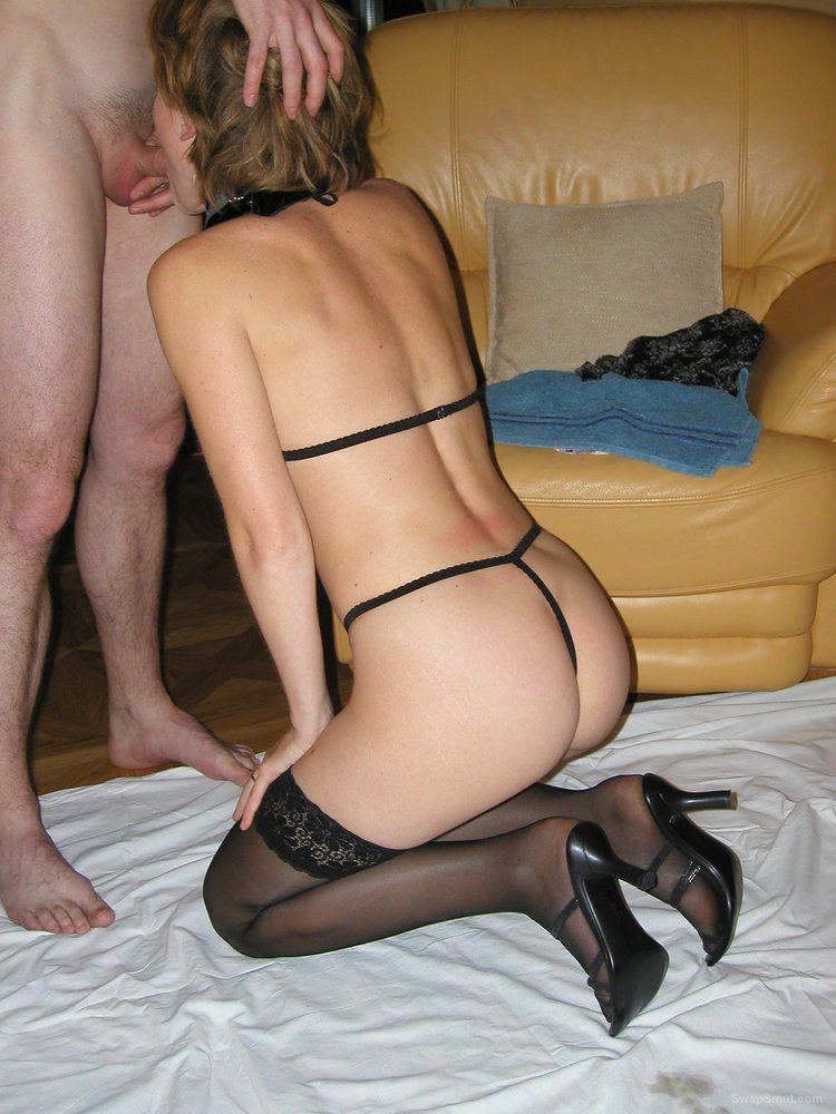 Amateur Petite Wife Shared