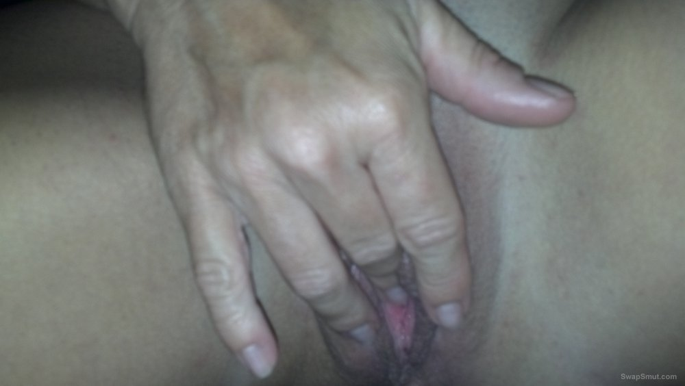 Wife want to show how she plays with her sex toys and wet hole