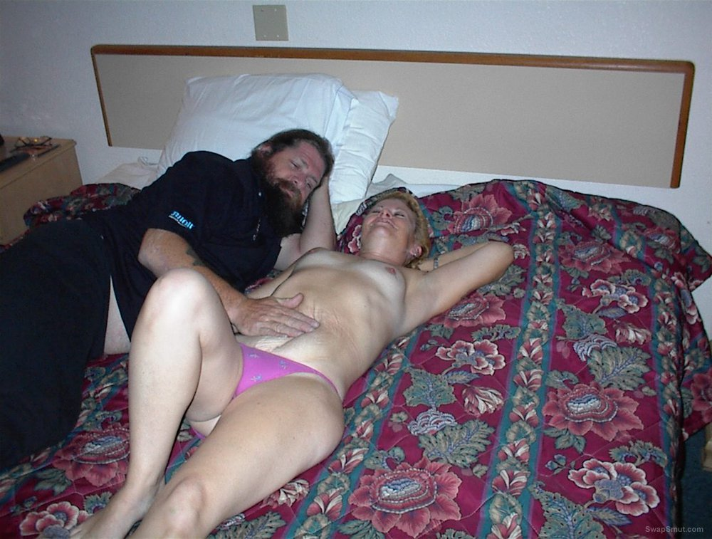 motel threesome with two hairy bikers without hubby