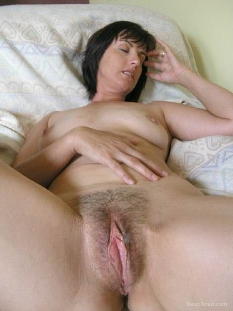 image All sorts of milfs and older ladies 1