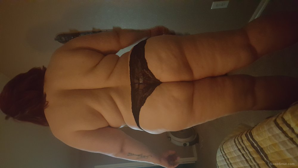 Showing off my bbw wife, I want her to be a slut