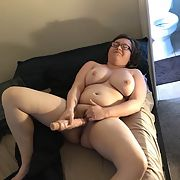 Daring lady exposed for all to see