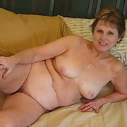 Blonde wife for bbc fun, I enjoy showing off that I take bbc