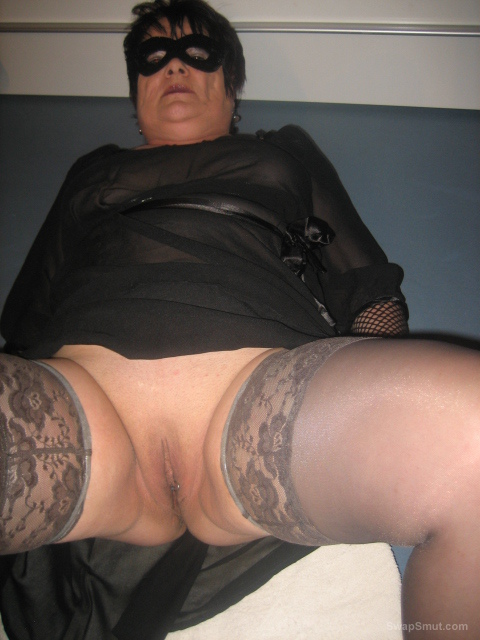 ich zeig euch was bbw masturbating with a bottle and hair brush