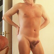 Little tiddlywoo can a smaller man be sexy look at my nakedness