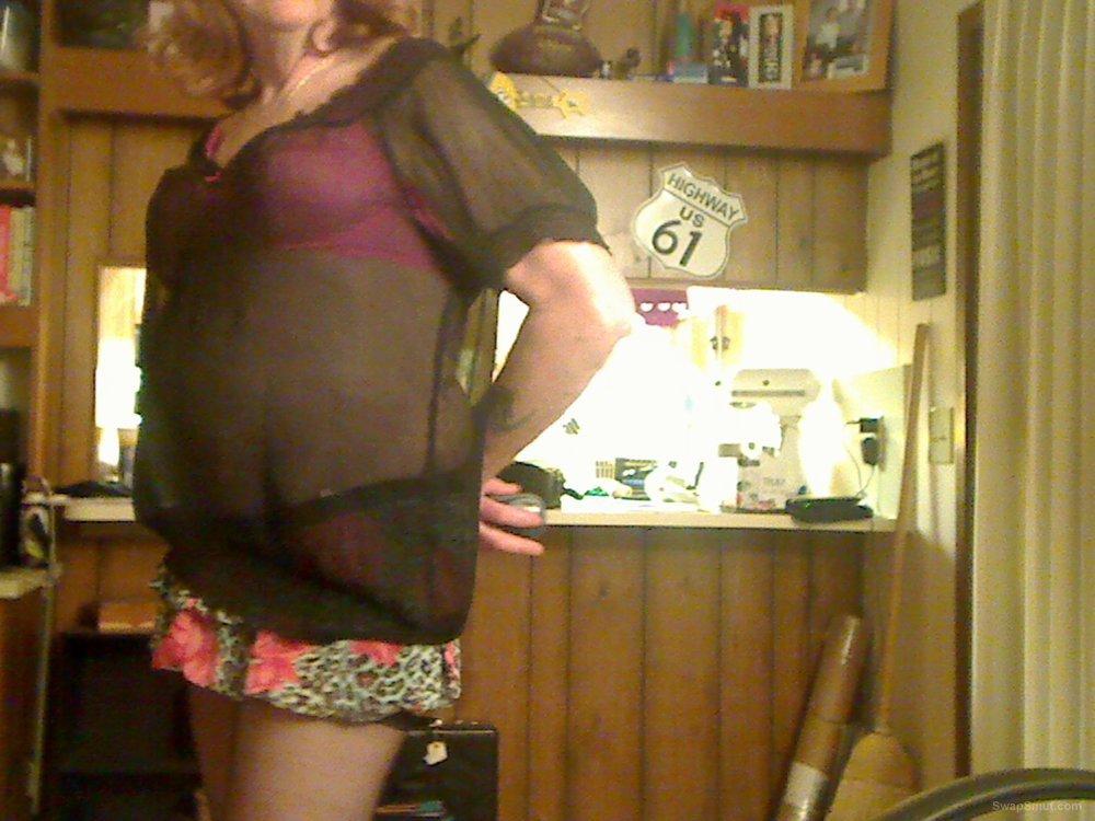 Sissy faggot jizzabell showing off