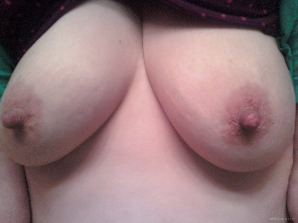 More of my horny pussy that needs to be filled