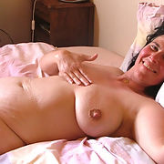 Slut wife Chris exposed by hubby, She get naked outside and inside.