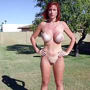 Amateur busty mature exposes her assets I