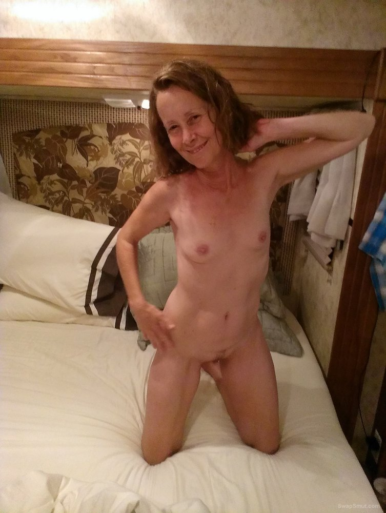Pics I hope someone cums too on look at my photos