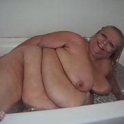 taking a bath mature amateur bbw washing naked body