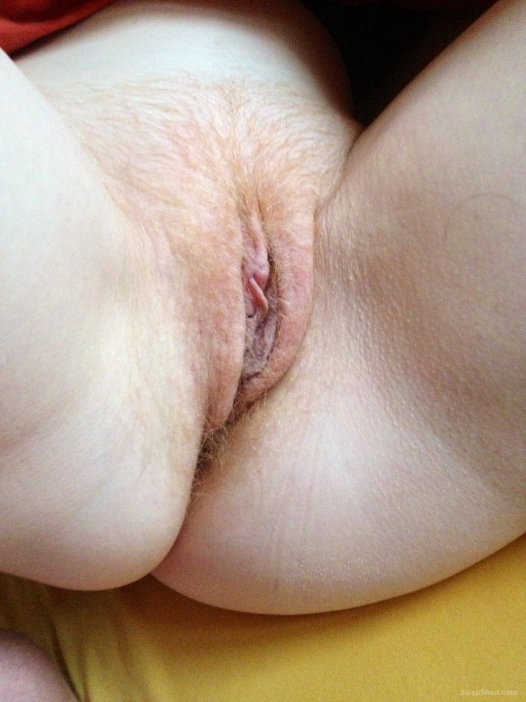 Red haired pussy wet and horny spreading lips show opening