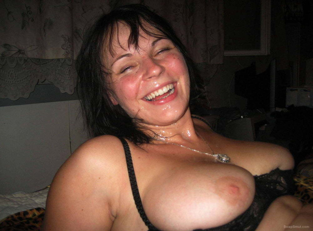 Lovely busty chubby amateur exposes her assets - black lingerie p2