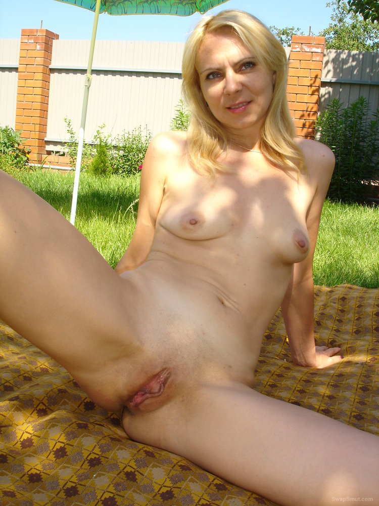 Horny blonde slut loves to be photographed when fucking other men