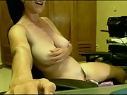 Cam mature lady pleasuring herself in front of computer camera