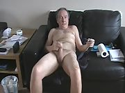 This is a video of me showing myself completely naked and wanking to completion