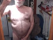Little sissy Richard masturbating