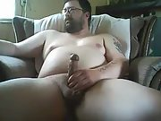 Expose me cumming on cam for viewers on chaturbate screen name bicumpig