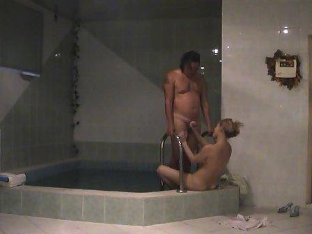Wife fucking in hot tub